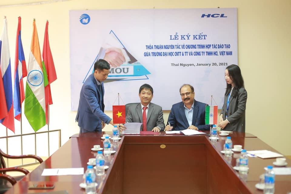 Ký kết hợp tác ICTU và HCL 2